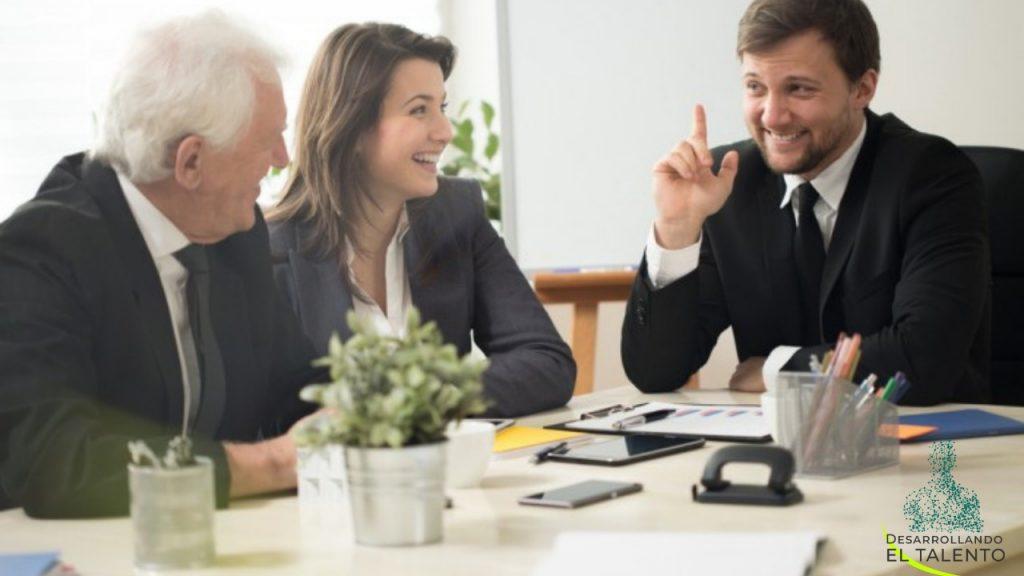 La importancia de la comunicación entre empresa y reclutador